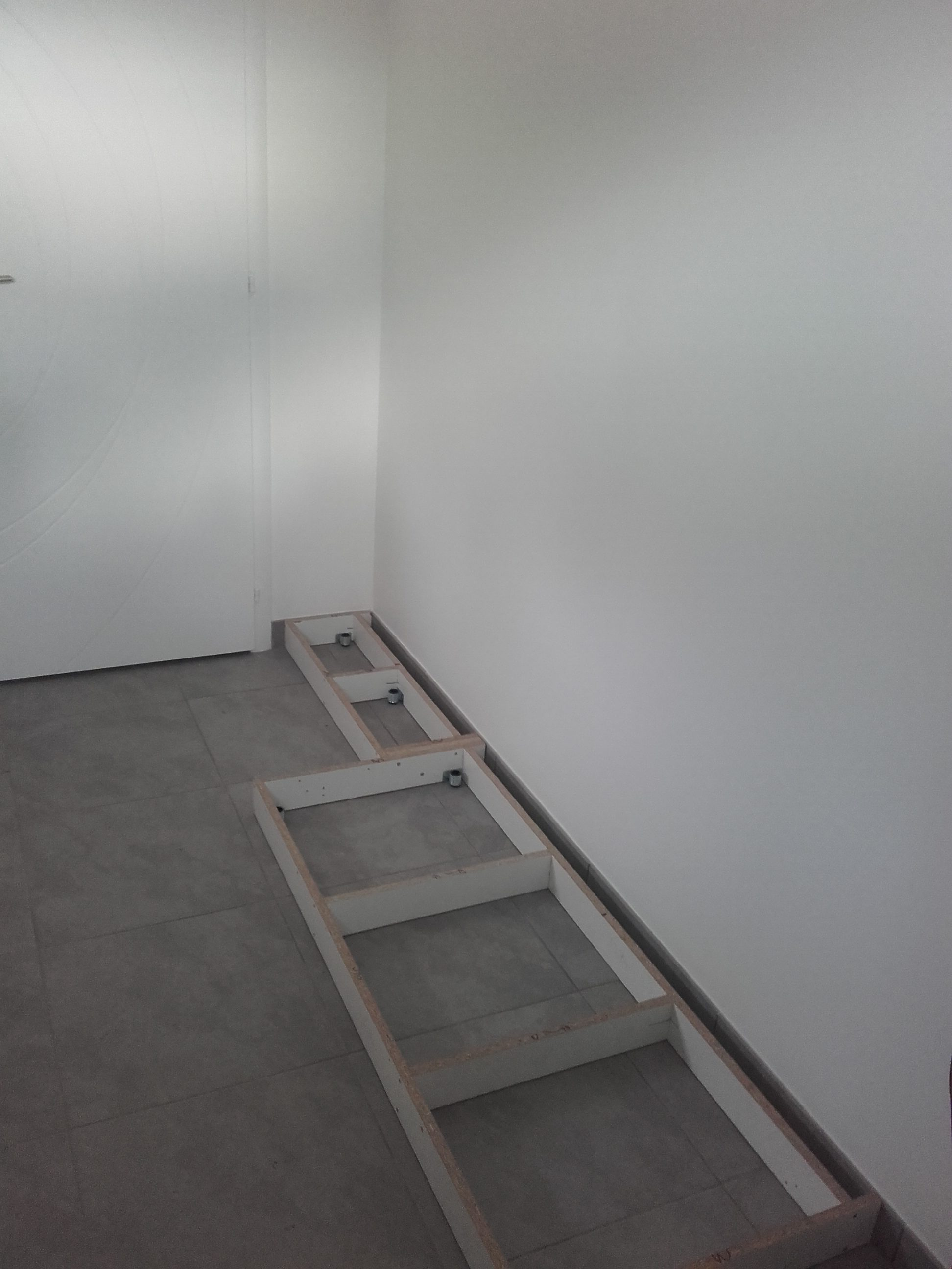 fc menuiserie bois cuisine salle de bain meuble sur mesure parquets. Black Bedroom Furniture Sets. Home Design Ideas